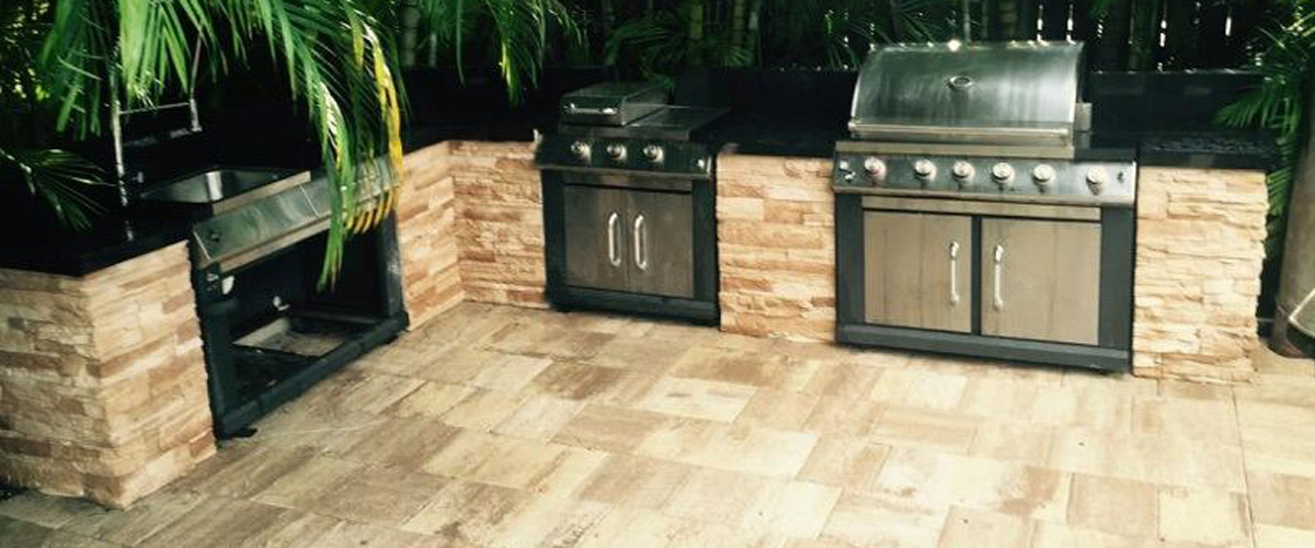 Several options for courtyards and outdoor kitchens